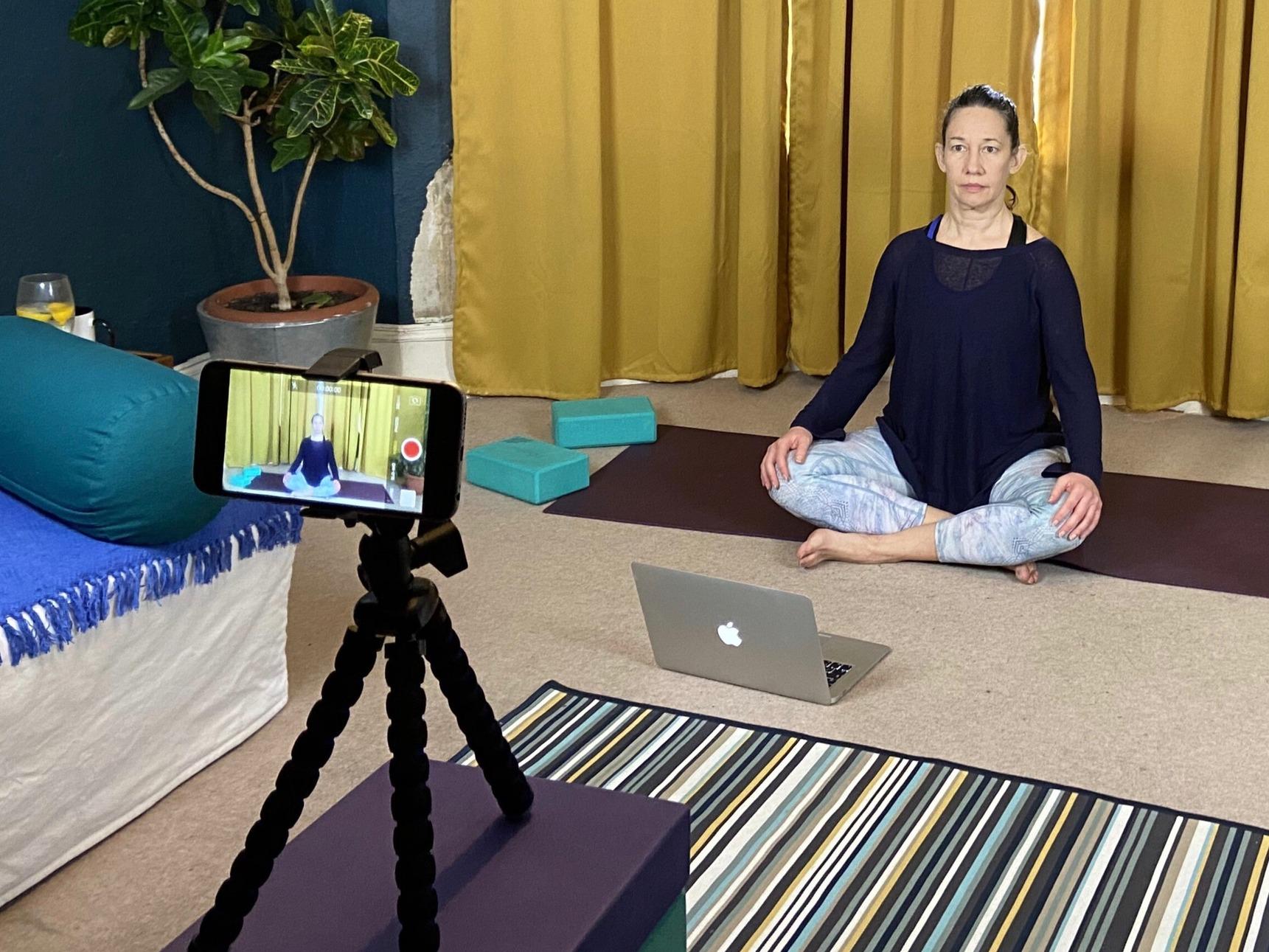 Montse Gili teaching yoga online